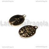 Medaglietta Madonna in rame gold plated smaltato nero 19.5x12mm